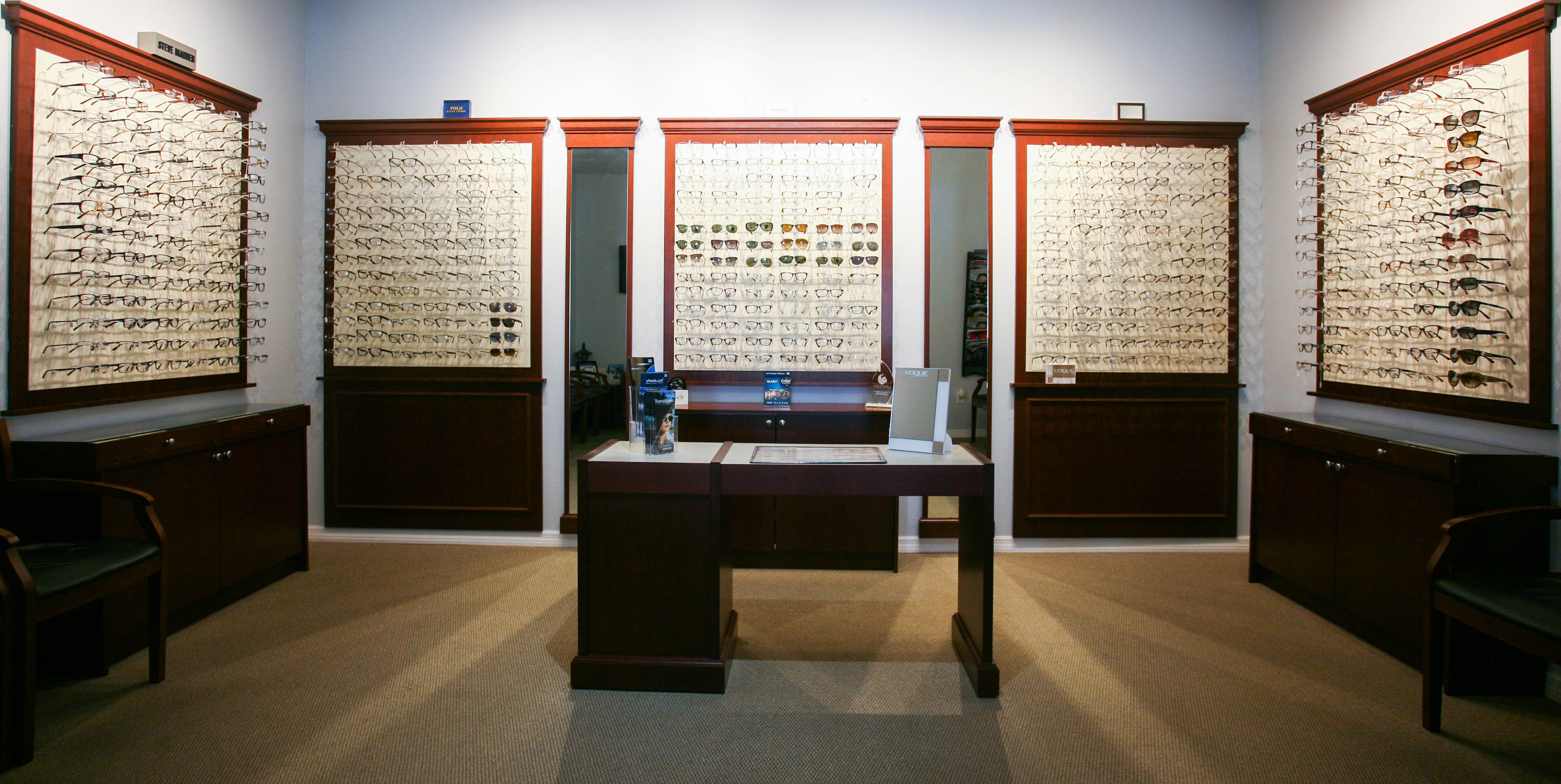 Eyeglass frames at Kissimee eye doctor